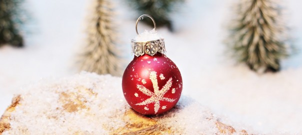 christmas-bauble-1872150_1280 (2)